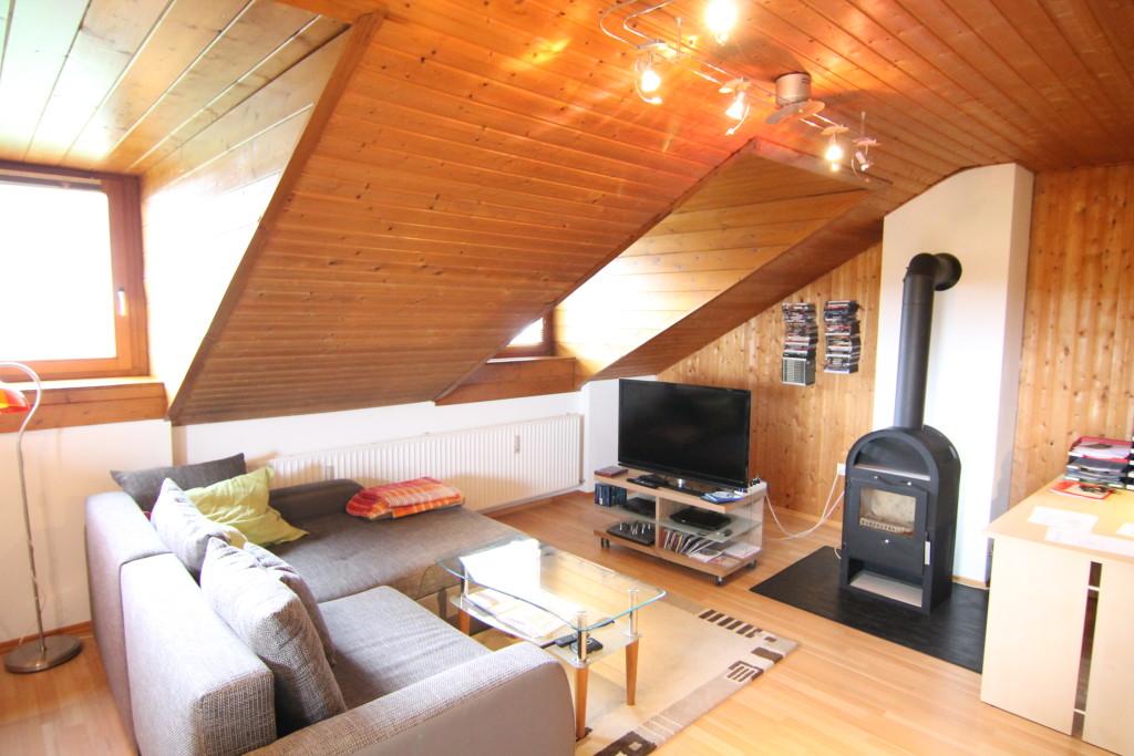 Fußboden Im Dachgeschoss ~ GemÜtlich unterm dach gepflegte zimmer dachgeschoss wohnung